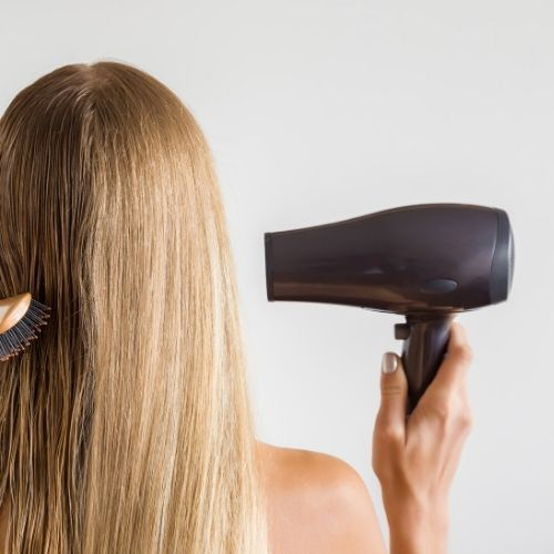 blow dry one hand