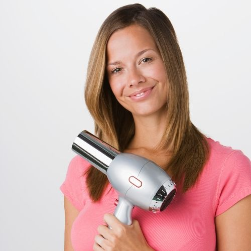 blow drying mom