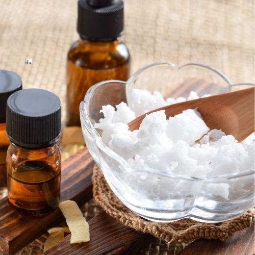 tea tree and coconut oil